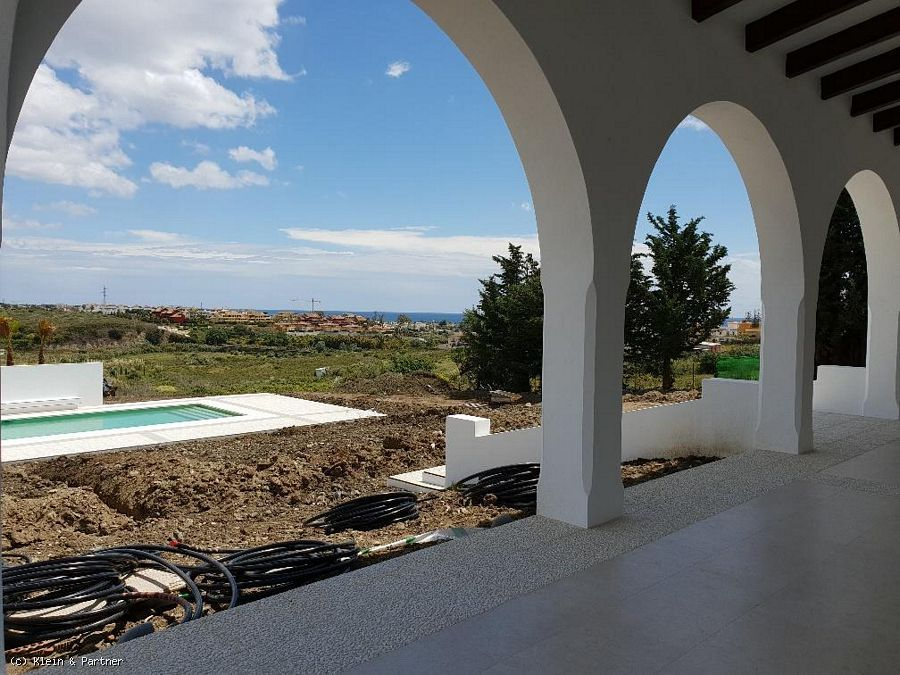 5 Bedroom Cortijo in Cancelada on a Large Plot and Overlooking the Sea