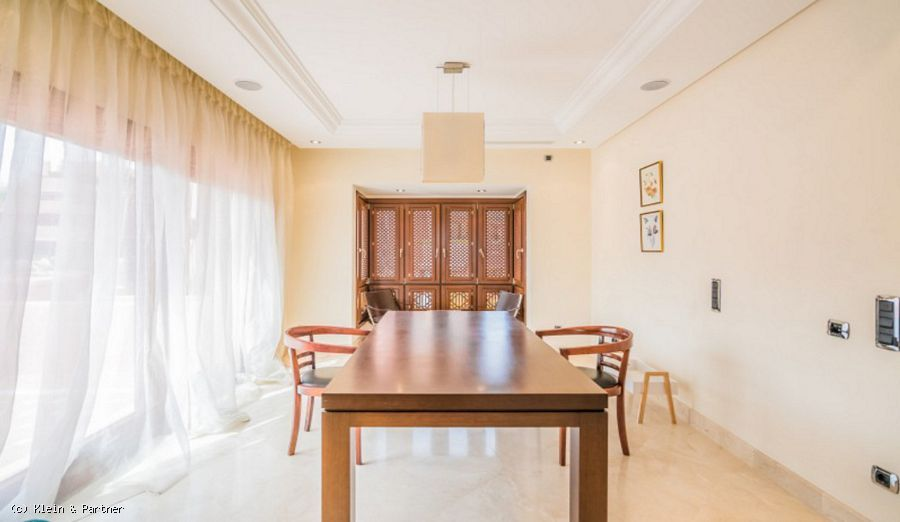 Elegant Penthouse for sale in Torre Bermeja