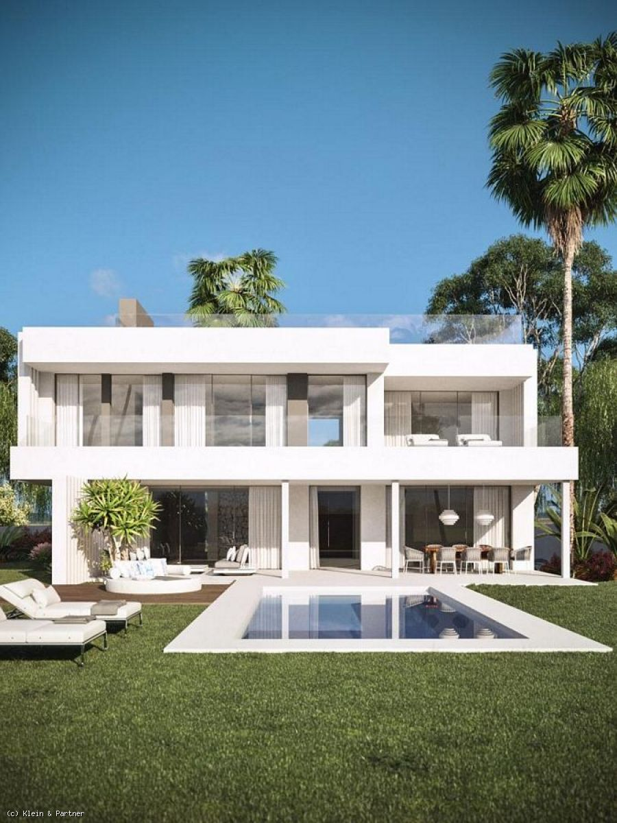 New Contemporary Luxury Villa with Panoramic Sea Views in Cancelada