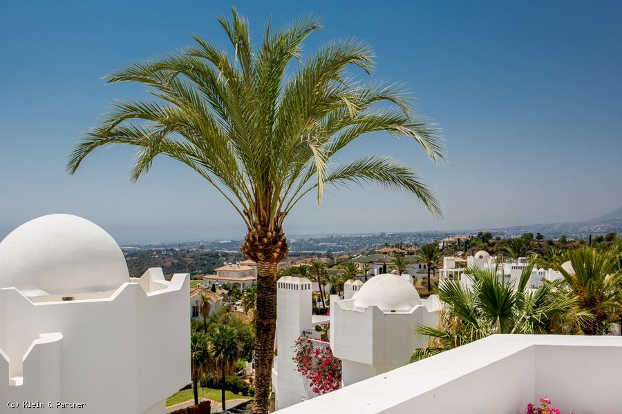 3 Bedroom Apartment Jardines Colgantes in Marbella Hill Club
